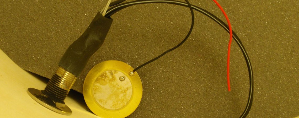 Les vibrations sont venues à bout de la soudure durant une utilisation normale du tom.