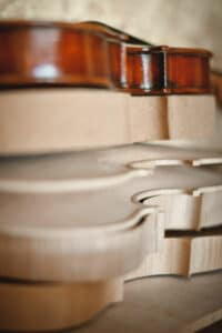 Pourquoi commander un violon de luthier bois