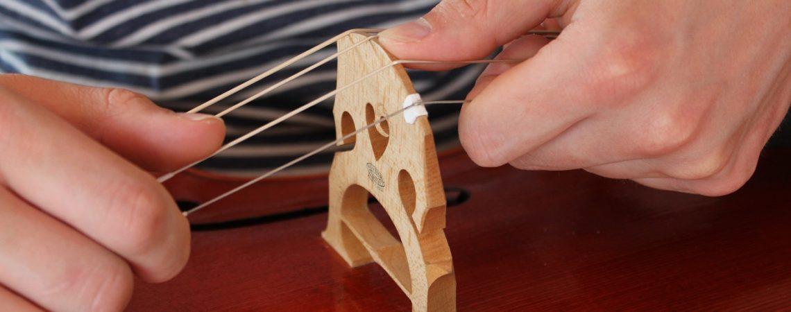 redresser son chevalet sans risque sur un violoncelle