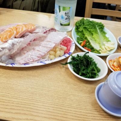 Du poisson cru, et très frais à la mode coréenne.