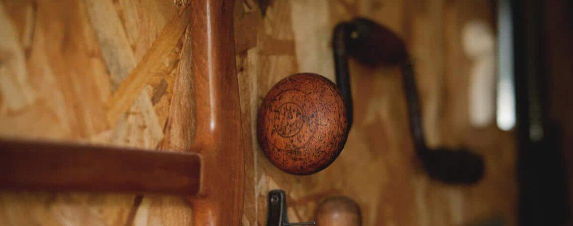 Comment devenir luthier et savoir utiliser ses outils
