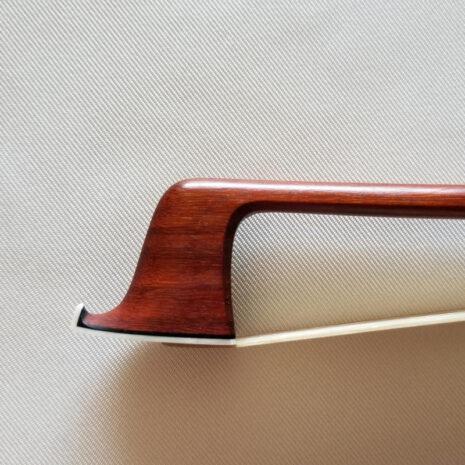 Archet Florian Bailly pour violon - tête de face