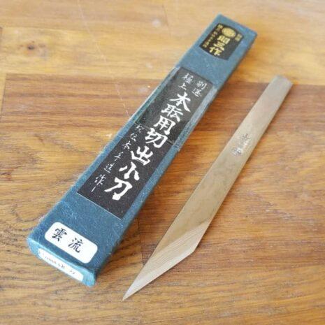Canif de luthier en acier japonais