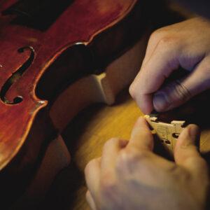 Atelier de luthier à Strasbourg - À votre service